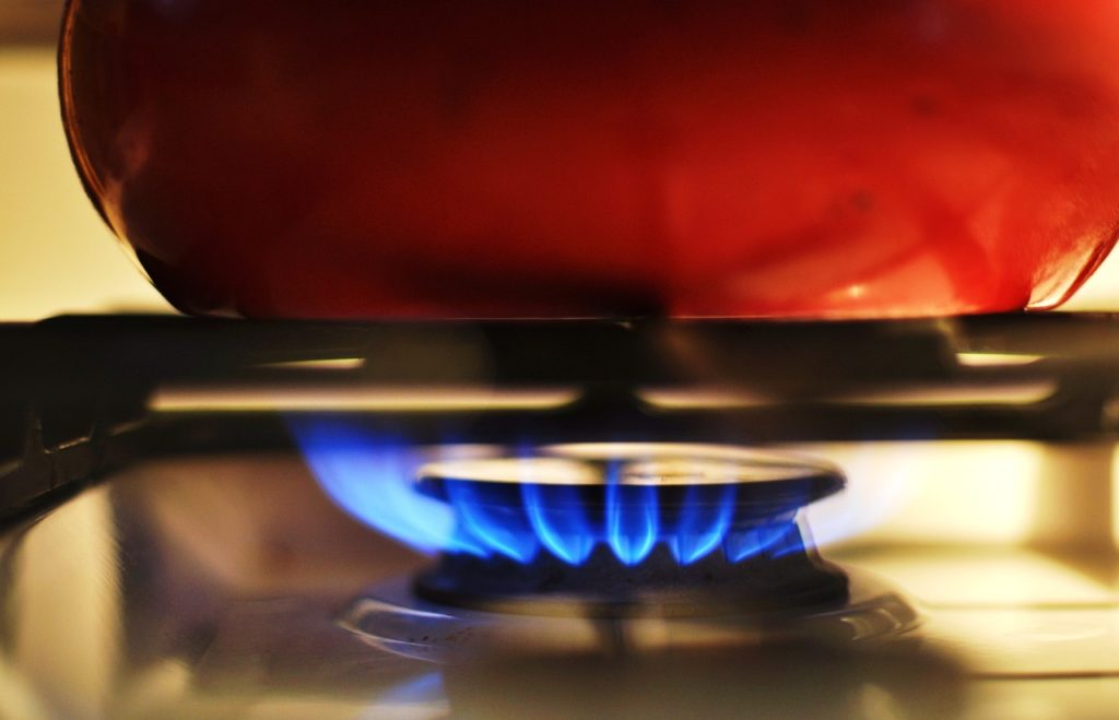 cooking gas 1573365951 1024x659 - オーストラリアの光熱費、電気とガスどちらが安い?