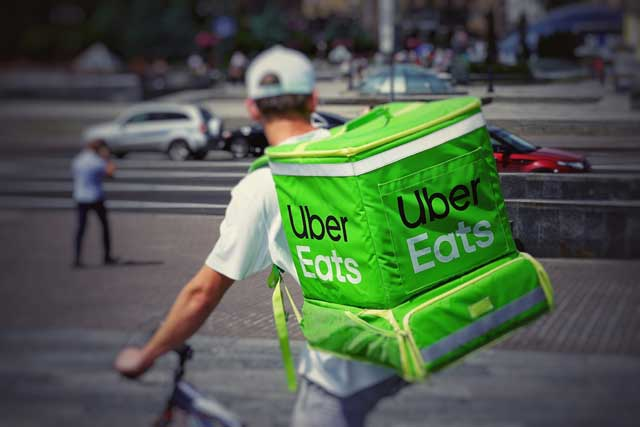 uber eats - ワーホリ・学生がオーストラリアで起業する方法|ABN申請方法と海外フリーランサーのススメ